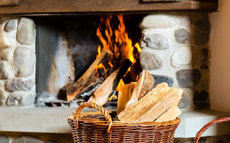 How to clean the fireplace