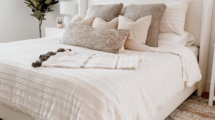 TRICKS TO MAKE THE BED LIKE A PRO