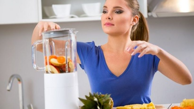 How to use juice extractor?